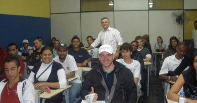 Palestra Sobre DPVAT para alunos CFC – João Dias